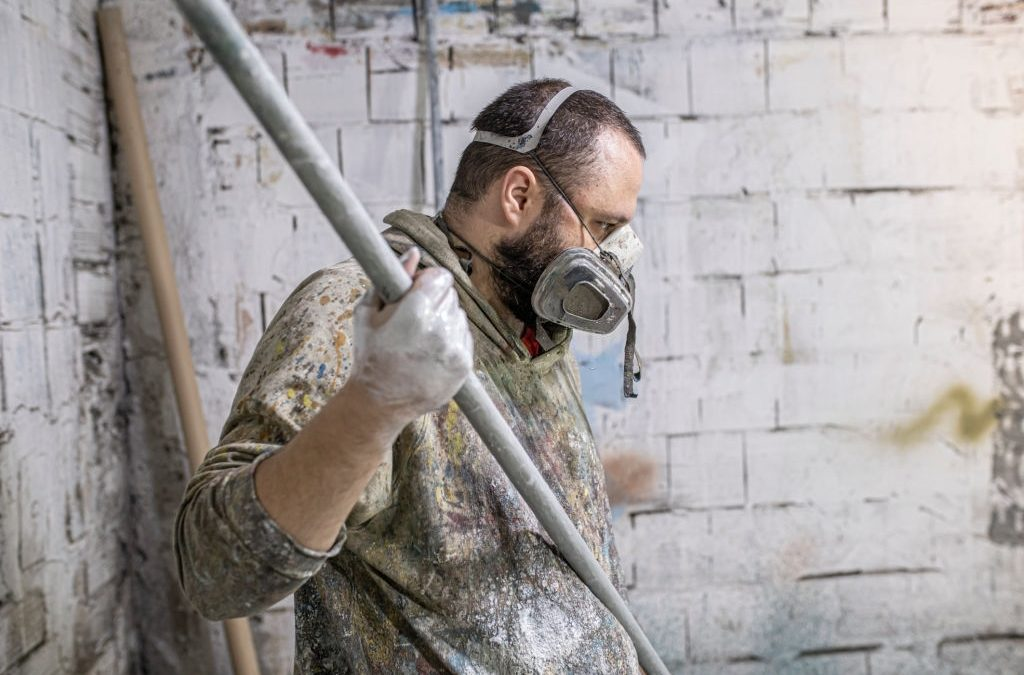 Ask a Professional to Do the Mold Removal